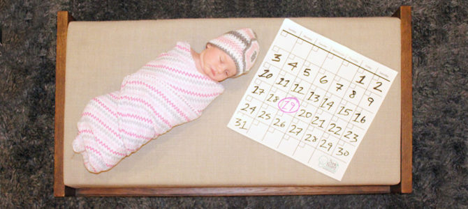 Newborn Photography: Monthly Ideas + Thinkboard Giveaway