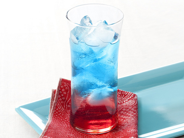 4th of July Party: Simple and Kid Friendly | Bottles & Banter