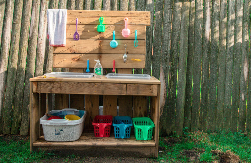 5 Steps for the Ultimate DIY Mud Kitchen and Kids Backyard Goals