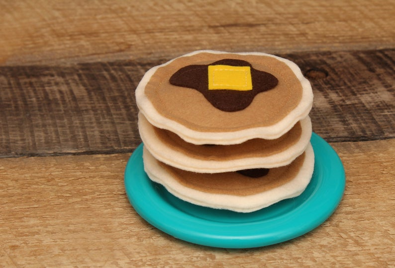Felt Pancakes for toddler pretend grocery play